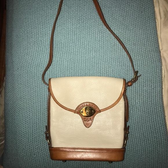 Dooney & Bourke Handbags - Dooney & Brouke vintage bag